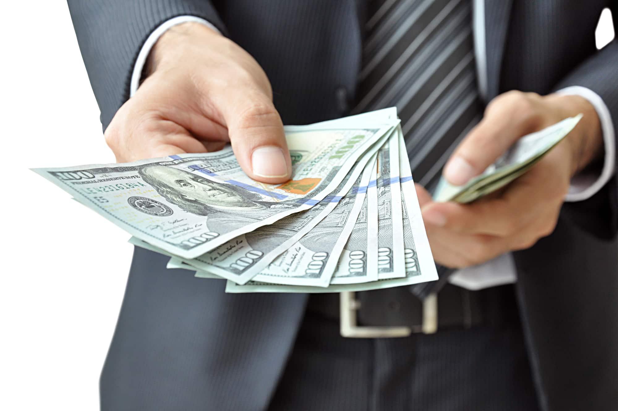 Minikredit beantragen: 7 Tipps & 4 Fallstricke für beste Konditionen