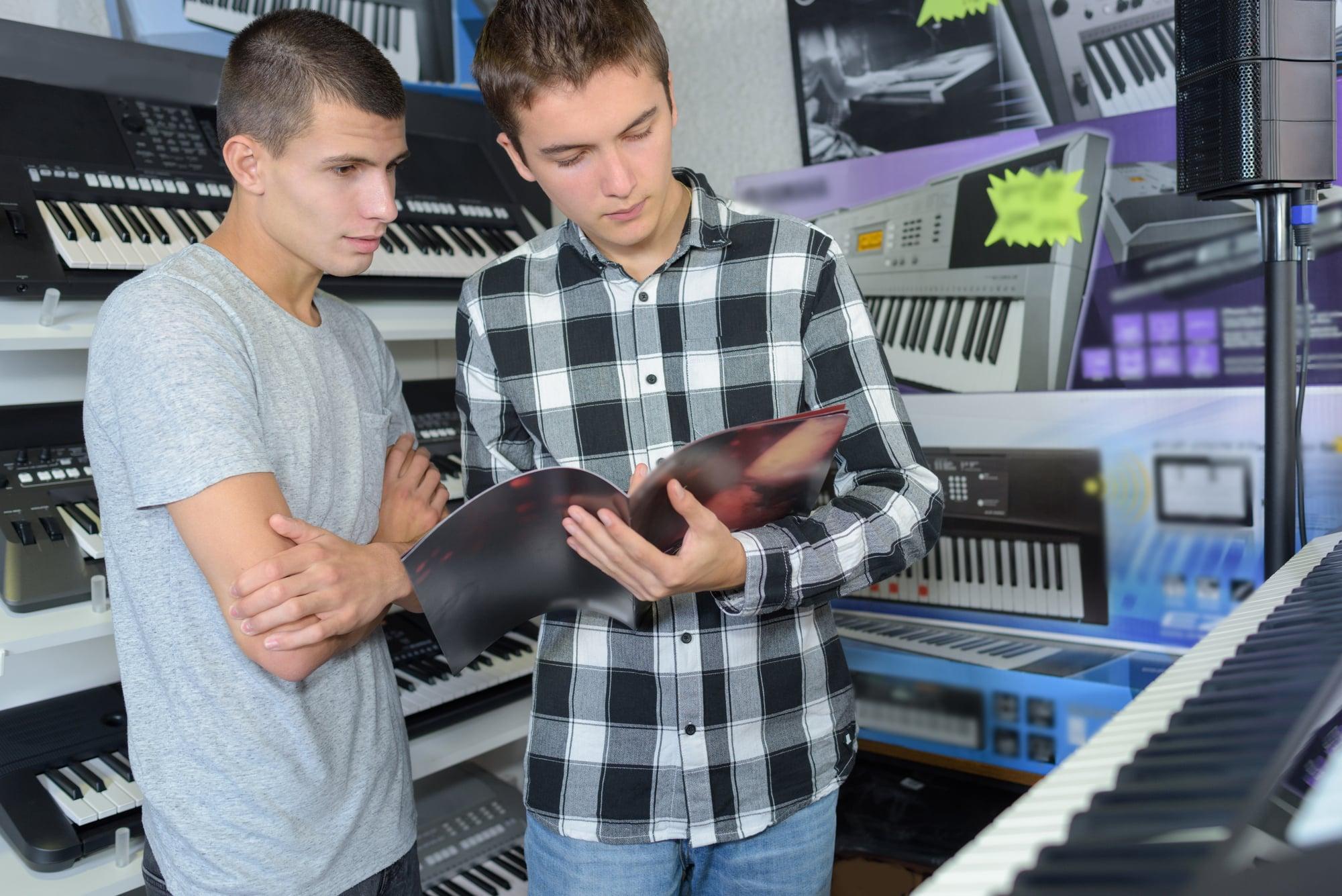 Keyboard kaufen: 3+5 Tipps zur Auswahl & 3 Fallstricke