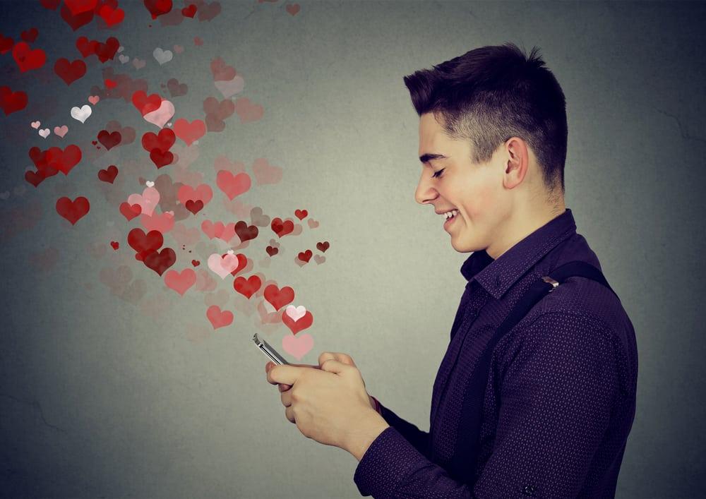 Tapsen gayromeo Relationship between