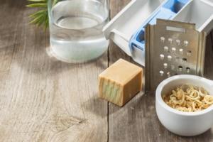 Waschmittel-selber-machen-Kernseife-shutter